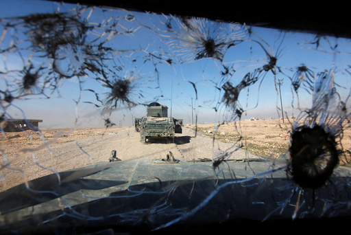Iraqi rapid response forces advance towards south of Mosul