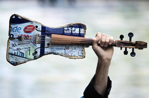 Instrumentene er laget av boss