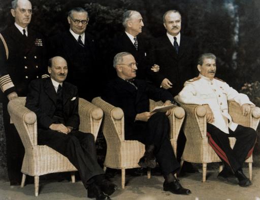 Potsdam.Konf.1945, Attlee,Truman,Stalin - Attlee,Truman,Stalin / Potsdam / 1945 - Conférence de Potsdam / Attlee,Truman,Staline, 1945.