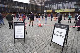 Personer under 30 år står for 43 prosent av alle smittede i Oslo. På Universitetet i Oslo har Studentsamskipnadens helsetjeneste åpnet et nytt tilbud om koronatesting. Foto: Håkon Mosvold Larsen / NTB
