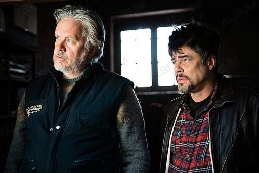 PERFECT DAY, A (2015), directed by FERNANDO LEON DE ARANOA. BENICIO DEL TORO; TIM ROBBINS.