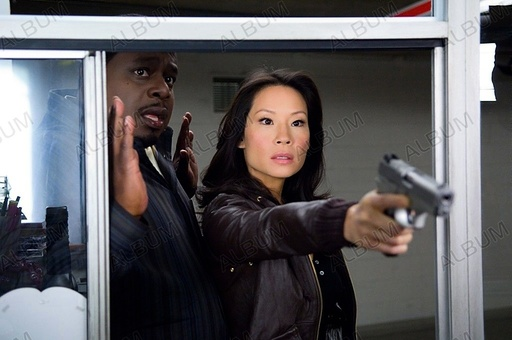 CODE NAME: THE CLEANER (2007), directed by LES MAYFIELD. LUCY LIU; CEDRIC THE ENTERTAINER.