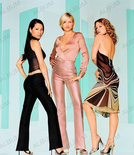 CHARLIE'S ANGELS (2000), directed by MCG. CAMERON DIAZ; DREW BARRYMORE; LUCY LIU.