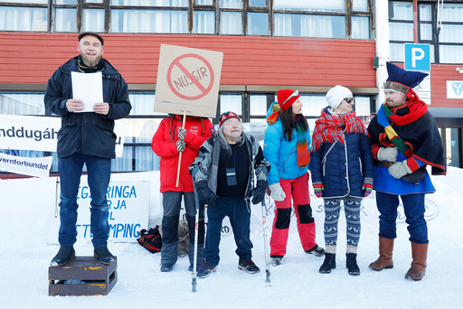 Folkemøte i Kvalsund
