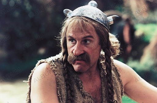 ASTERIX AND OBELIX VS. CAESAR (1999), directed by CLAUDE ZIDI. GERARD DEPARDIEU.