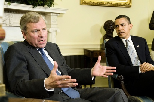 U.S. President Barack Obama welcomes NATO Secretary-General Jaap de Hoop Scheffer to the White House in Washington
