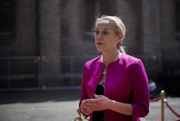 Nederlands utenriksminister Sigrid Kaag går av. Foto: Peter Dejong / AP / NTB
