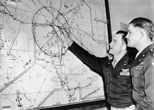 Hiroshima/Bomberbesatzung 'Enola Gay'... - Hiroshima / Crew of 'Enola Gay' / 1945 -
