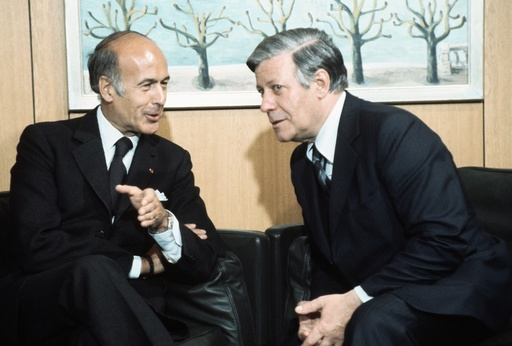 German Chancellor Schmidt and Giscard d'Estaing in Bonn