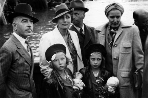 Prinsessan Märtha av Norge, med barnen Astrid & Ragnhild