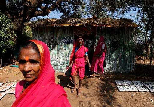 The Wider Image: Aajibaichi Shaala - no ordinary school