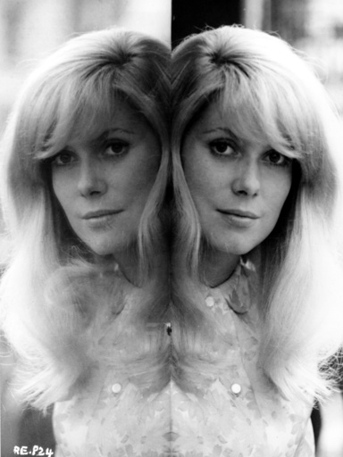 REPULSION (BR1965) CATHERINE DENEUVE MIRROR