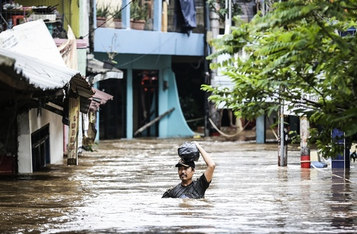 Floods affect residential areas in Jakarta