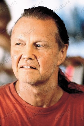 ANACONDA (1997), directed by LUIS LLOSA. JON VOIGHT.