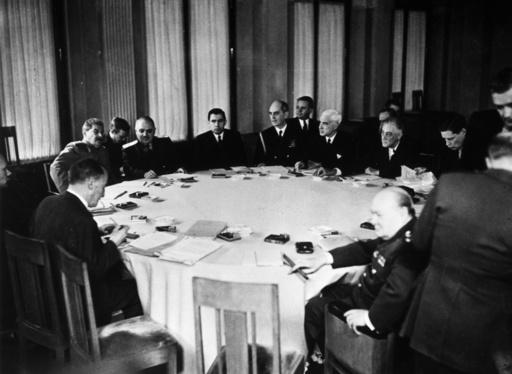 Konferenz von Jalta / Sitzung - Meeting / Yalta Conference / 1945 - Seconde Guerre mondiale / Conférence de Yalta, du 4 au 11 fé