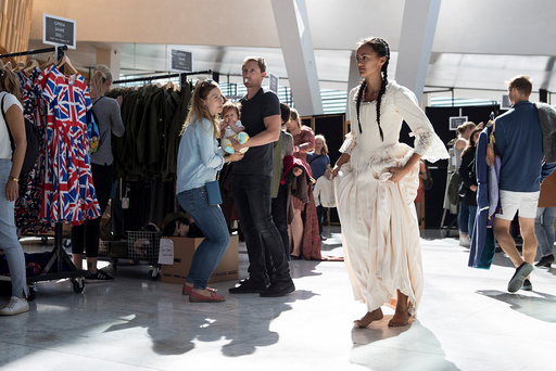 For første gang på 10 år holdt Operaen i Oslo kostymesalg.