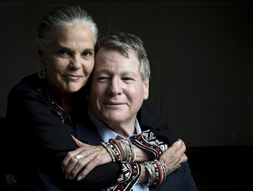 Ali MacGraw and Ryan O'Neal in Ft. Lauderdale.