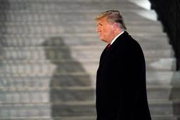 Senatet i USA skal neste uke felle eller frifinne Donald Trump for rollen han hadde i opptøyene. Blir han funnet skyldig kan det ha lite å si for presidenten, men få store konsekvenser for Det republikanske partiet. Foto: Gerald Herbert / AP / NTB