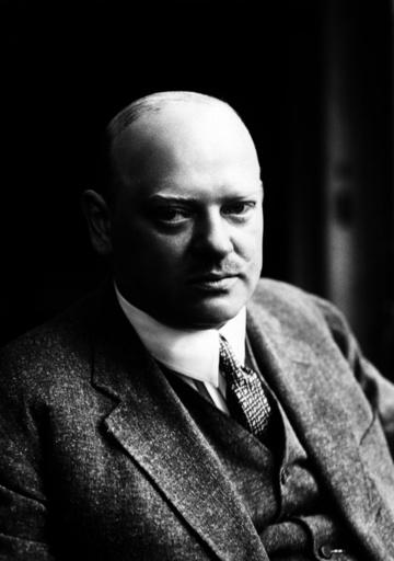 Gustav Stresemann / Foto um 1927 - Gustav Stresemann / Photo c.1927 - Stresemann, Gustav