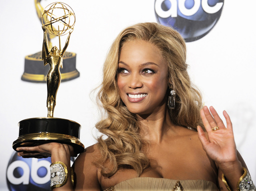 Banks poses with her award for Outstanding Talk Show/Informative at the 35th Annual Daytime Emmy Awards at the Kodak theatre in Hollywood