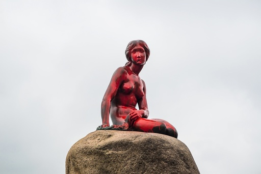Copenhagen landmark Little Mermaid vandalized