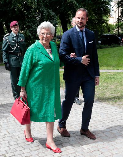 Dronning Sonja 80 år.