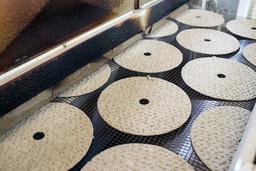 Den svenske knekkebrødprodusenten Leksands tilbakekaller flere produkter etter funn av et giftig stoff. Arkivfoto: Ulf Palm / TT / NTB