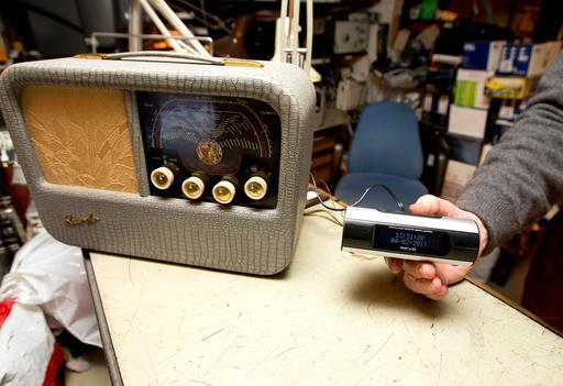 RADIOVERKSTED FOR GAMLE RADIOER I OSLO