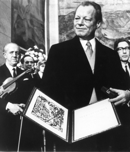 Willy Brandt receives Nobel Peace Prize 1971