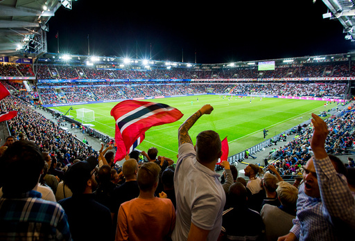 VM-kvalifisering fotball menn: Norge-Tyskland (0-3).