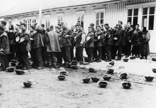 Brit. Kriegsgefangene in Trondheim, 1940 - Brit.prisoners of war in Trondheim, 1940 -