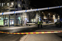 Innbyggerne i småbyen Vetlanda i Sør-Sverige er sjokkert over angrepet på sju menn, som alle ble knivstukket. Foto: Mikael Fritzon / TT InnbyggNews Agency via AP / NTB