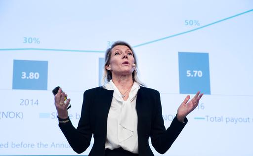 Kjerstin Braathen, her under en tidligere kvartalspresentasjon, er overrasket over hvor raskt kortbruken har tatt seg opp. Foto: Terje Pedersen / NTB scanpix