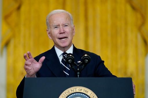 President Joe Biden holdt torsdag tale om sin nedjusterte reformpakke. Det er ennå uklart om den vil bli vedtatt. Foto: Susan Walsh / AP / NTB