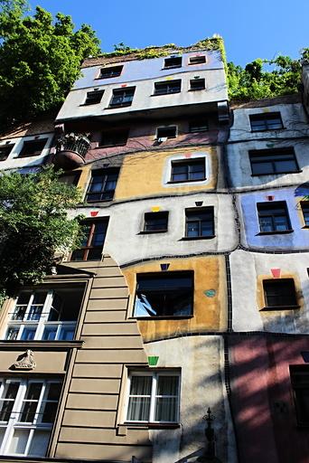 Hundertwasserhaus, Vienna, Hundertwasser