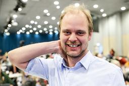 Mimir Kristjansson fikk kun tillit fra 3,7 prosent av velgerne i Rogaland, men gode resultater for Rødt i resten av landet gjør at han kommer inn på Stortinget.  Foto: Terje Bendiksby / NTB