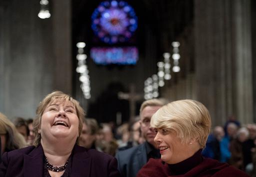 Statsminister Erna Solberg og kirkerådsleder Kristin Gunleiksrud Raaum i NIdarosdomen.