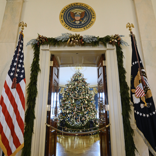 US-WASHINGTON-WHITE HOUSE-CHRISTMAS