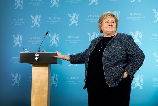 Statsminister Erna Solberg (H) holder pressekonferanse tirsdag. Foto: Berit Roald / NTB