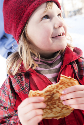 Close-up of Girl Eating food