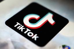 Mobilappen Tiktok blir trolig ikke solgt til amerikanske investorer inntil videre. Foto: Kiichiro Sato / AP / NTB