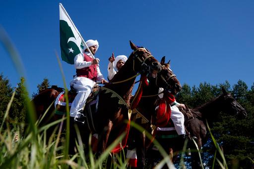 Norsk-pakistanere feirer Pakistans nasjonaldag pEkebergsletta i Oslo mandag.