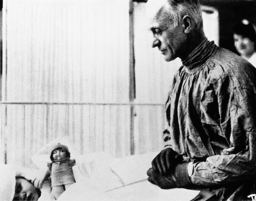Harvey Cushing, American neurosurgeon