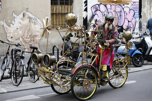 French artist Gino rides the