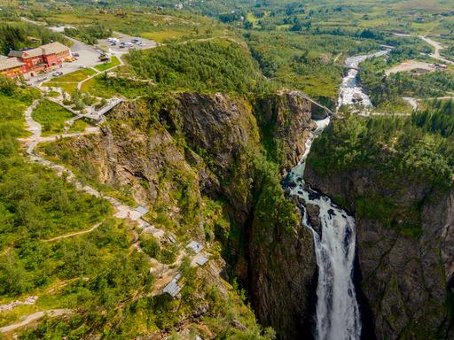 20200818.  Fredag 21. august åpner Statens vegvesen ny turistvei attraksjon med trappebru over Vøringsfossen. Foto: Stian Lysberg Solum / NTB