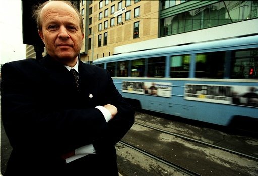 Samferdselsminister Odd Einar Dørum, Venstre