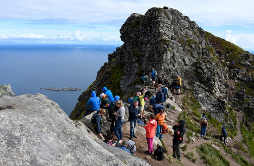 Virke håper mange utenlandske turister vil komme til Norge, men understreker at flere reiselivsvirksomheter fortsatt er i en kritisk situasjon økonomisk. Foto: Rune Stoltz Bertinussen / NTB scanpix