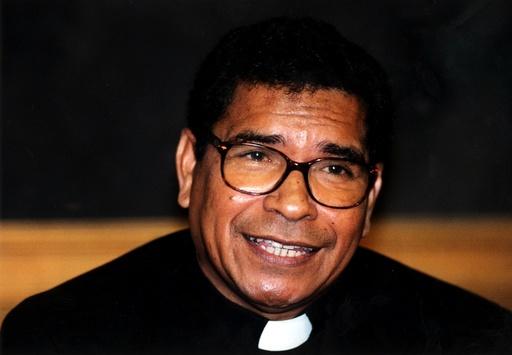 Carlos Filipe Ximenes Belo; biskop på Östtimor.