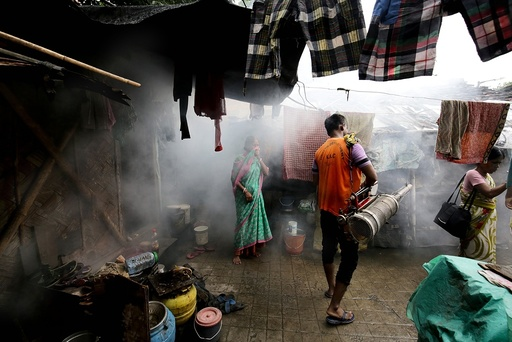 Government trying to combat Dengue in Calcutta