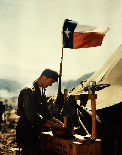 Korea-Krieg, US-Soldat mit texanischer Flagge / Foto 1951 - Korean War, US soldier with Texan flag -